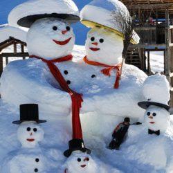 Snowman Family! - Ski Magic