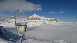 Snow chilled Prosecco please!