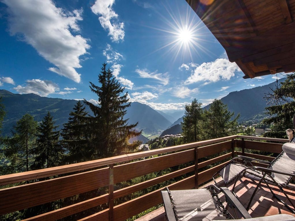Verbier Chalet - summer in the alps