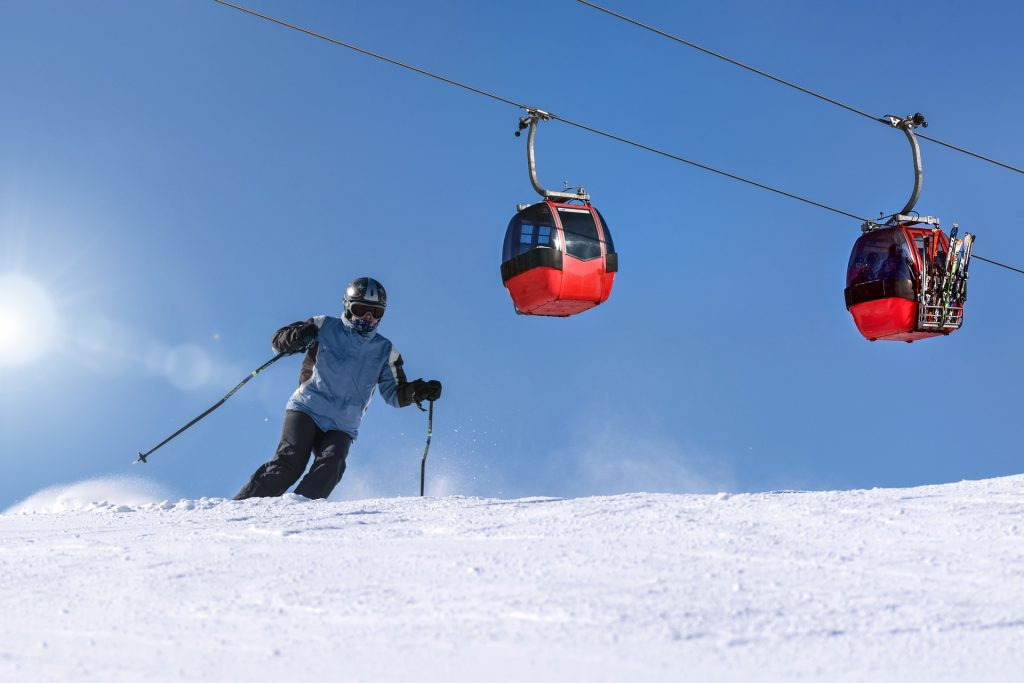 Ski lift guide: how to use them